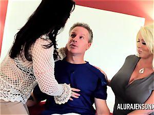milf detective Alura Jenson 3 way sex