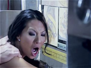 Asa Akira is fully salami cooked in a prompt food trailer