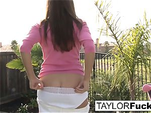 Taylor flashes you her phat tits