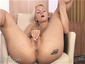 Lea Stevenson tugging her beautiful raw vag