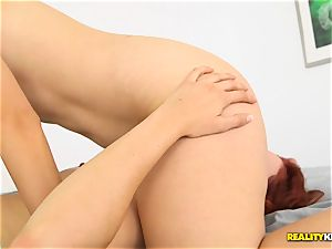Minge eating kinky lesbians Kimberly Kane and Jayden Cole messing with their vaginas