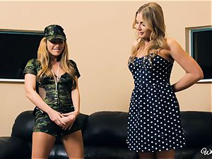 Carter Cruise and Blair Williams love each others warm poons