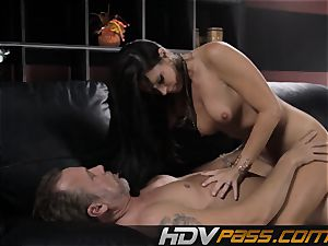 black-haired stunner India Summer plows with passion in livingroom