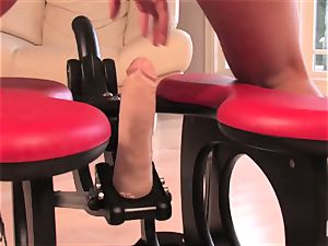 beautiful Lexi rails the sybian and pops firm