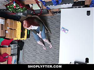 Shoplyfter - red Headed mega-slut Offers beaver For Stealing