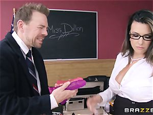 red-hot lecturer Danica Dillan smooths things over