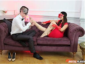 masked domina Eva Lovia crave rod