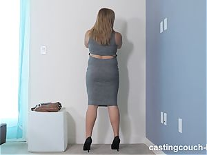 plump hottie Dee arrives to the CastingCouch HD