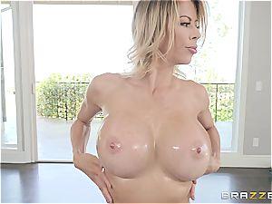 blond cougar with hefty udders gets a decent massage