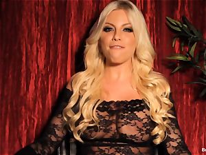 Britney Amber gives an interview and wanks