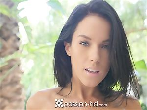 beautiful Megan Rain boinked