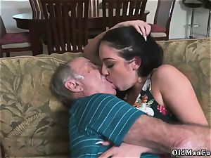 old guy plumb nubile hd and dudes piss on Frannkie s a swift learner!