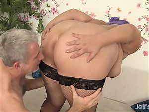 promiscuous plus-size Jade Rose passionately pulverized
